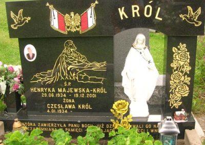 Monument-funeraire-classique-drapeau